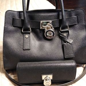 Michael Kors Hamilton with wallet